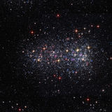 Διαστημικό υπόβαθρο με τα φωτεινά αστέρια ελεύθερη απεικόνιση δικαιώματος