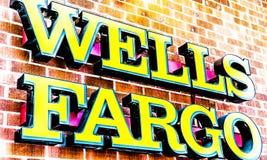 Διαστρεβλωμένο Fargo λογότυπο φρεατίων στοκ εικόνα με δικαίωμα ελεύθερης χρήσης