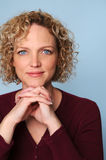 διασχισμένη γυναίκα χεριώ& Στοκ φωτογραφίες με δικαίωμα ελεύθερης χρήσης