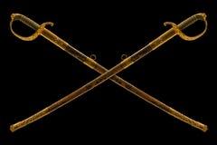 Διασχισμένο παλαιό εθιμοτυπικό saber στο μαύρο υπόβαθρο Στοκ εικόνες με δικαίωμα ελεύθερης χρήσης