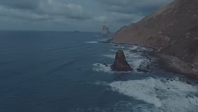 Διατάραξη της μυστικής ατμόσφαιρας την παραμονή μιας θύελλας στον Ατλαντικό Ωκεανό απόθεμα βίντεο
