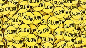 Διαταγμένος σωρός των κίτρινων αργών σημαδιών Στοκ Φωτογραφίες