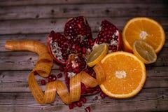 Διατροφή και υγιεινή έννοια τρόπου ζωής καρποί στοκ εικόνα με δικαίωμα ελεύθερης χρήσης
