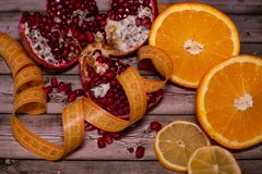 Διατροφή και υγιεινή έννοια τρόπου ζωής Φρούτα στοκ φωτογραφία