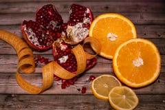 Διατροφή και υγιεινή έννοια τρόπου ζωής Φρούτα στοκ εικόνες