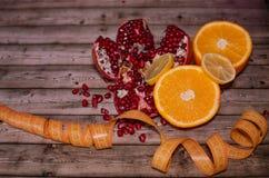 Διατροφή και υγιεινή έννοια τρόπου ζωής Φρούτα στοκ εικόνα