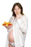 Διατροφή της έγκυου γυναίκας στοκ φωτογραφίες με δικαίωμα ελεύθερης χρήσης