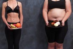 Διατροφή, υγειονομική περίθαλψη, βάρος που χαλαρώνει, ικανότητα, έννοια ευημερίας Ο στοκ εικόνες με δικαίωμα ελεύθερης χρήσης
