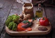 Διατροφή χοληστερόλης, υγιή τρόφιμα για την καρδιά στοκ φωτογραφία με δικαίωμα ελεύθερης χρήσης