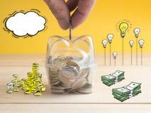 Διαφανής δείτε μέσω της piggy τράπεζας στοκ εικόνα με δικαίωμα ελεύθερης χρήσης