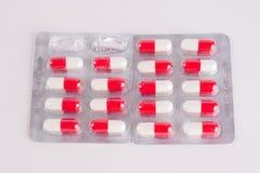 διαφορετικά φάρμακα Ταμπλέτες, χάπια στο πακέτο φουσκαλών φάρμακα Στοκ Φωτογραφία