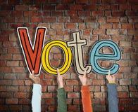 Διαφορετικά χέρια που πραγματοποιούν την ψηφοφορία του Word Στοκ Εικόνα