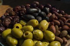 Διαφορετικά χρώματα ελιών Στοκ Εικόνες