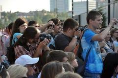 Διαφορετικοί άνθρωποι, άνθρωποι με τις κάμερες Στοκ εικόνα με δικαίωμα ελεύθερης χρήσης