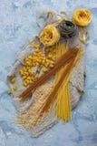 διαφορετικοί ιταλικοί τύποι ζυμαρικών στοκ φωτογραφία με δικαίωμα ελεύθερης χρήσης