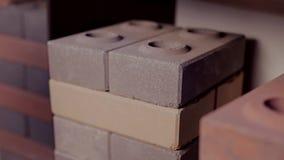 Διαφορετικοί τύποι τούβλων κατασκευής απόθεμα βίντεο