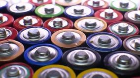 Διαφορετικοί τύποι χρησιμοποιημένων μπαταριών στο σωρό απόθεμα βίντεο