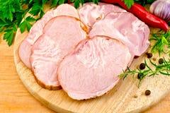 Διαφορετικό χοιρινό κρέας λιχουδιών με τα λαχανικά Στοκ Φωτογραφίες