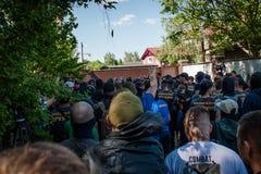 Διαφωνίες μεταξύ Azov του αστικού σώματος με την αστυνομία Στοκ Εικόνες