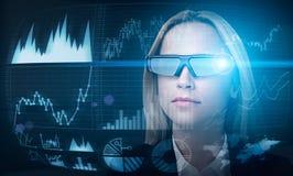 Διαχειριστής κεφαλαίων στα έξυπνα γυαλιά Στοκ εικόνα με δικαίωμα ελεύθερης χρήσης