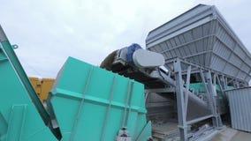 Διαδικασία και βαριά κατασκευή Machinry εδαφολογικού καθαρισμού απόθεμα βίντεο