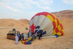 Διαδικασία πτώσης του μπαλονιού σε Luxor Στοκ Φωτογραφία