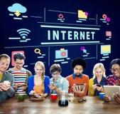 Διαδικτύου γραφική έννοια εικονιδίων υψηλής τεχνολογίας ψηφιακή Στοκ εικόνα με δικαίωμα ελεύθερης χρήσης