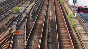 Διαδρομές σιδηροδρόμου, ράγες στη Στοκχόλμη Σουηδία απόθεμα βίντεο