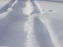 Διαδρομές στο χιόνι Στοκ εικόνες με δικαίωμα ελεύθερης χρήσης