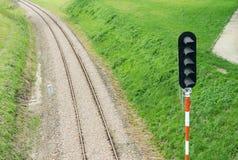 Διαδρομή και σηματοφόρος σιδηροδρόμου στοκ φωτογραφία με δικαίωμα ελεύθερης χρήσης