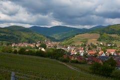 Διαδρομή κρασιού ταξιδιού στη Γαλλία Λα route des vins Στοκ εικόνα με δικαίωμα ελεύθερης χρήσης