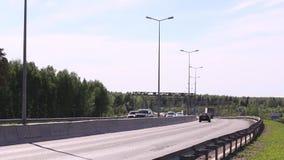 Διαδρομή στην οδήγηση φορτηγών κατευθείαν και την κυκλοφορία απόθεμα βίντεο
