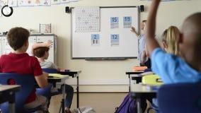 Διδασκαλία δασκάλων math στα παιδιά απόθεμα βίντεο