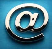 Διεθνές σημάδι ηλεκτρονικού ταχυδρομείου Στοκ Φωτογραφίες