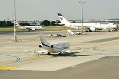 Διεθνής αερολιμένας της Πράγας Στοκ εικόνες με δικαίωμα ελεύθερης χρήσης