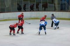 Διεθνής αντιστοιχία πρωταθλήματος χόκεϊ IHL μεταξύ HC Vojvoidna Νόβι Σαντ και HC Triglav Kranj Στοκ φωτογραφίες με δικαίωμα ελεύθερης χρήσης