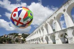 Διεθνής ορίζοντας της Βραζιλίας Ρίο ντε Τζανέιρο σφαιρών ποδοσφαίρου ποδοσφαίρου Στοκ Φωτογραφίες