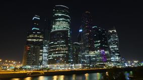 Διεθνής ουρανοξύστης εμπορικών κέντρων πόλεων της Μόσχας Ρωσία 4K νύχτα Timelapse απόθεμα βίντεο