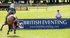 Διεθνείς δοκιμές Aoife Clark αλόγων Houghton που οδηγούν Colorfast Στοκ Φωτογραφία