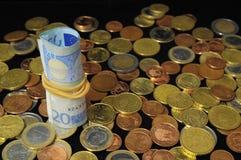 Διεσπαρμένα χρήματα στοκ φωτογραφίες με δικαίωμα ελεύθερης χρήσης