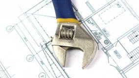 Διευθετήσιμο γαλλικό κλειδί στην οικοδόμηση του σχεδίου, σχέδιο φιλμ μικρού μήκους