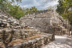 Δικαστήριο σφαιρών στις καταστροφές της αρχαίας των Μάγια πόλης Coba Στοκ φωτογραφίες με δικαίωμα ελεύθερης χρήσης