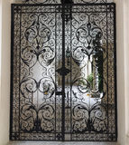 Δικτυωτές πύλες στο παλάτι Livadiya Στοκ εικόνες με δικαίωμα ελεύθερης χρήσης