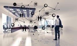 Δικτύωση και κοινωνική έννοια επικοινωνίας ως αποτελεσματικό σημείο φ Στοκ Φωτογραφίες
