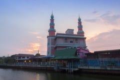 ΔΙΟΣΚΟΡΕΑ Ι TUN MUSLIMIN SURAO DAENG YA μουσουλμανικό τέμενος στη Μπανγκόκ, Ταϊλάνδη στοκ εικόνες