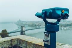 Διοφθαλμικός ενάντια στην άποψη γεφυρών παρατήρησης Στοκ φωτογραφία με δικαίωμα ελεύθερης χρήσης