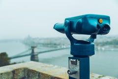 Διοφθαλμικός ενάντια στην άποψη γεφυρών παρατήρησης Στοκ εικόνα με δικαίωμα ελεύθερης χρήσης
