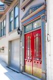 διπλό κόκκινο πορτών Στοκ Εικόνες