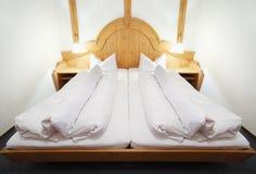 Διπλό σπορείο στο κενό μικρό δωμάτιο Στοκ εικόνες με δικαίωμα ελεύθερης χρήσης