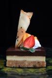 διπλό στρώμα σοκολάτας κέ&io στοκ εικόνες